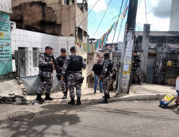 Líder religioso acusa PMs de arrombamento e invasão no Curuzu