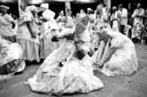 Policial civil interpela mãe de santo por causa de suas compras na feira de Caxias