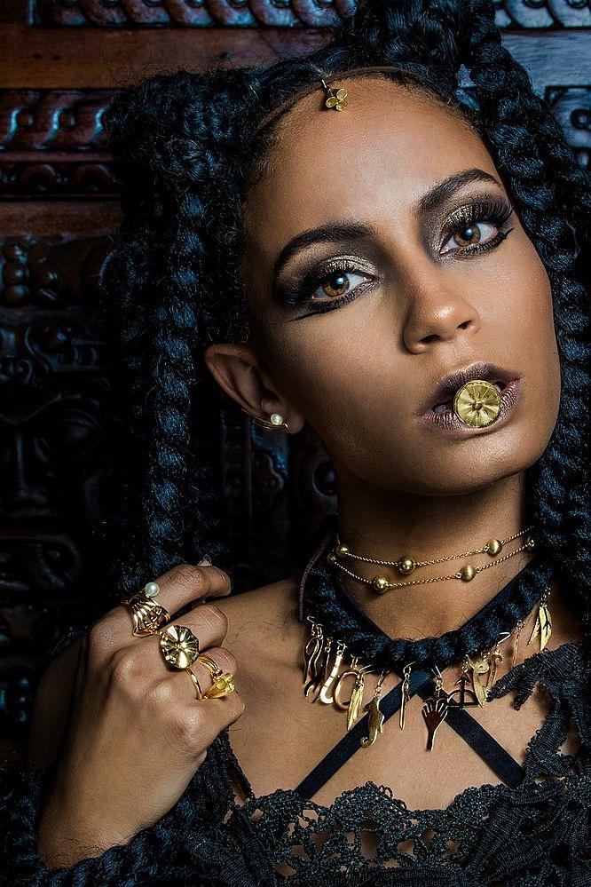 Baianidade é ouro: conheça 3 designers de joias que respiram a Bahia