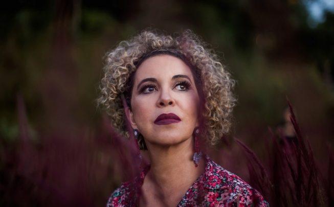 Beth Leivas canta a força das matrizes africanas em 'Sete', seu primeiro disco solo